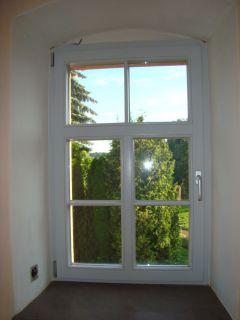 1flg. Isolierglasfenster mit T-Sprossung, 3-flüglige Optik