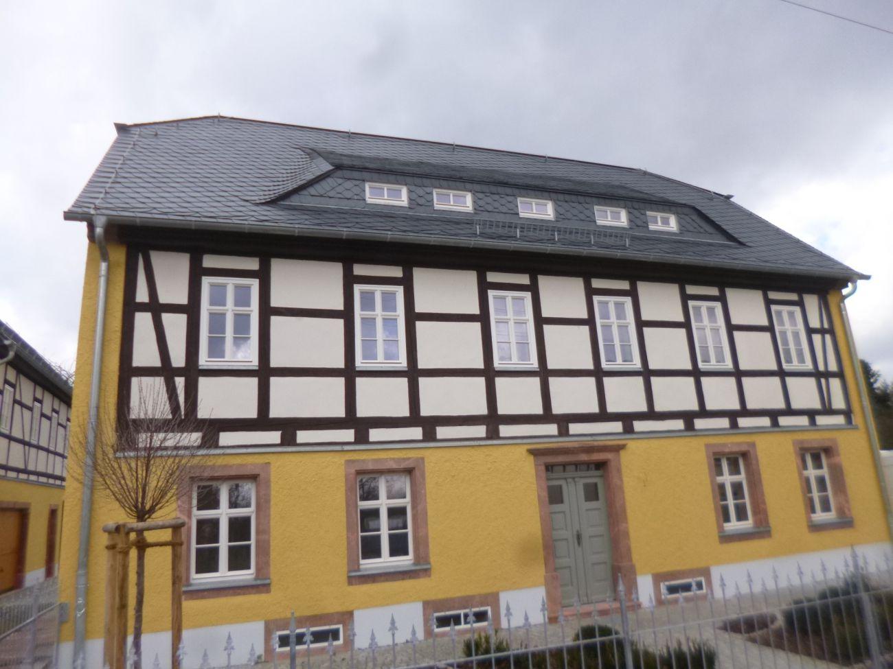 Wunderbar Wohnzimmer Grau Streichen Bilder Die Besten Wohnideen Kinjolas