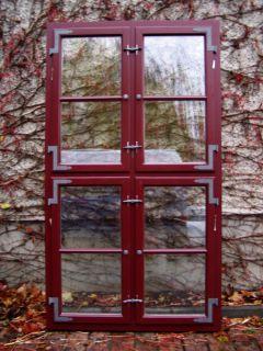 Kreuzstockfenster Innenseite, mit Winkelbändern